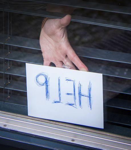 Celstraffen tot 7 jaar voor bedreigen en mishandelen slachtoffers tijdens brute woningovervallen