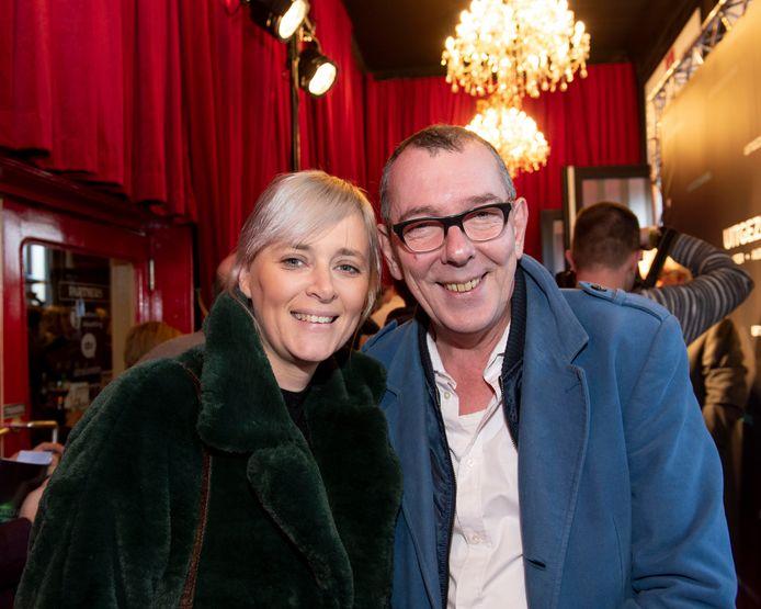 """""""Ik heb nog nooit een rechtszaak bijgewoond, maar het lijkt me wel ontzettend boeiend"""", zegt Herman Verbruggen aan de zijde van vriendin Petra"""
