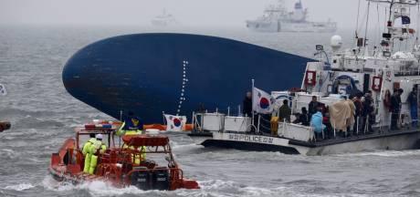 Zuid-Korea vervolgt functionarissen om scheepsramp met 300 doden