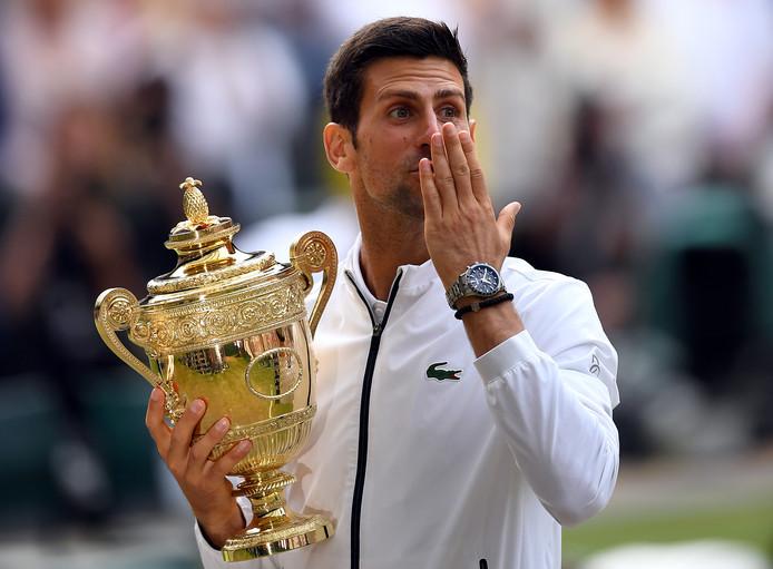 Novak Djokovic won vanavond voor de vijfde keer op Wimbledon.