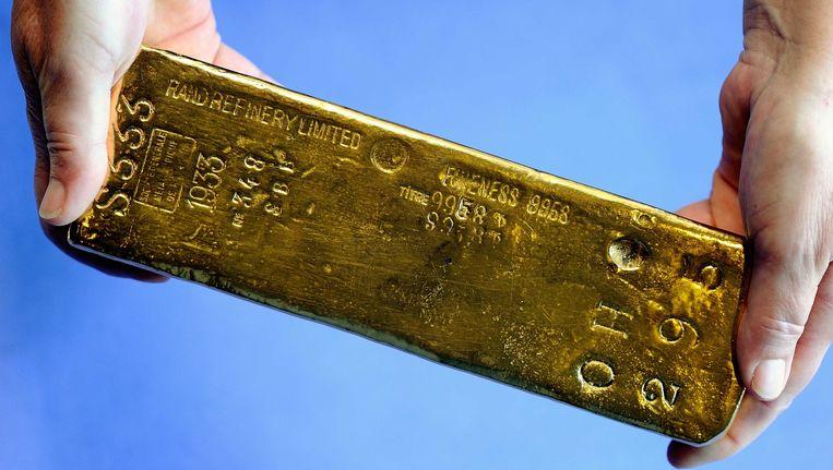 Een goudstaaf bij De Nederlandse Bank, DNB Beeld anp