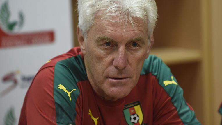 Hugo Broos als trainer van Kameroen.
