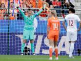 Van Veenendaal lacht om 'Tim Krul-scenario'