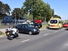 Vrouw lichtgewond bij aanrijding Nieuwe Dukenburgseweg