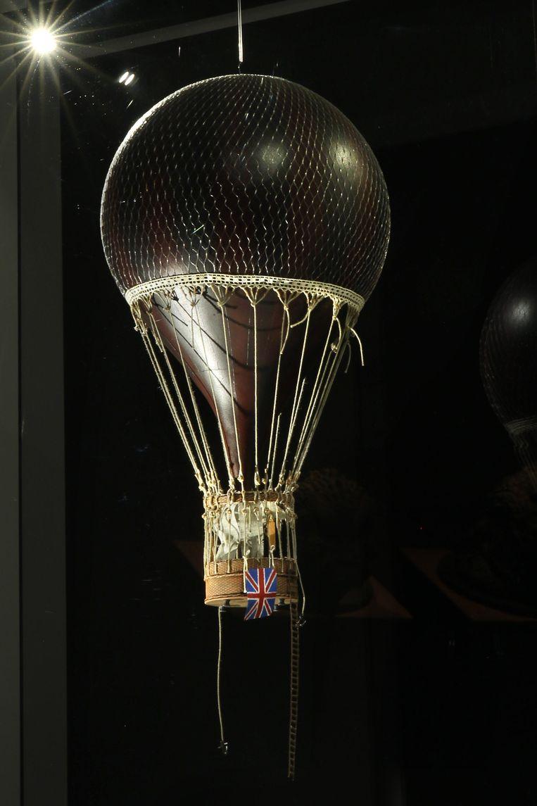 Luchtballon Victoria: een hommage aan Jules Verne. Beeld Sanne Donders