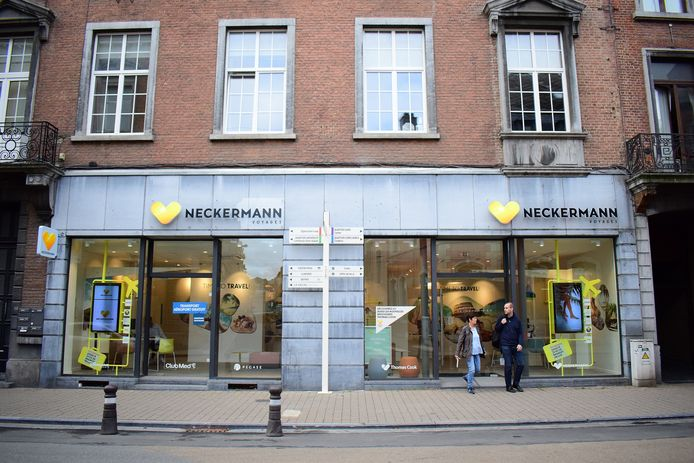 Une agence Neckermann à Namur.