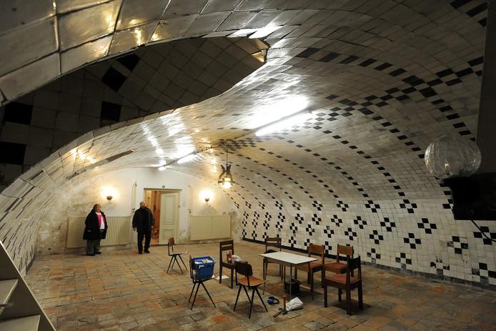 Zestiende-eeuwse crypte onder de Lutherse Kerk wordt gerestaureerd en krijgt een eigen entree aan de Veemartktstraat. foto Ron Magielse/het fotoburo