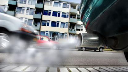 """Oplossing voor luchtvervuiling? """"Politie moet ook onze auto laten blazen"""""""