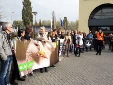 Dierenactivisten protesteren tegen jacht in Hoeksche Waard