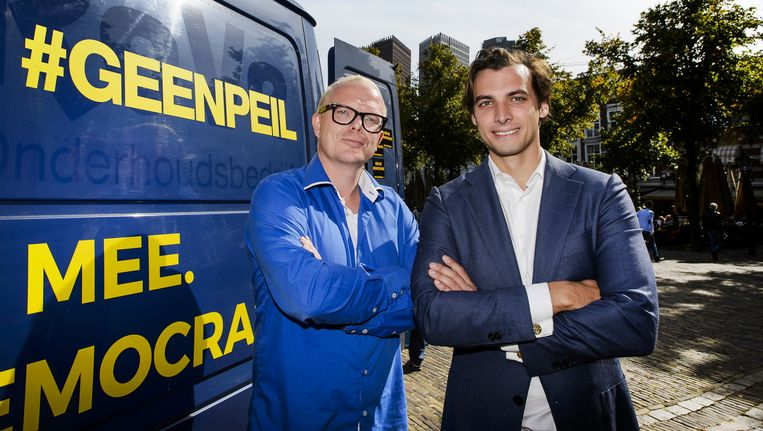 Jan Roos en Thierry Baudet in het voorjaar van 2016. Ze voerden samen campagne voor het Oekraïnereferendum. Beeld anp