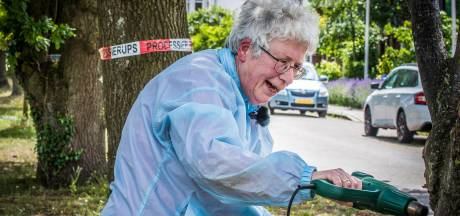 Rupsenkiller Attie (69) krijgt weinig mee van internetroem: 'Nooit van Dumpert gehoord'
