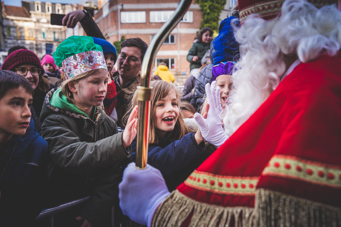 De aankomst van Sinterklaas aan de Krook