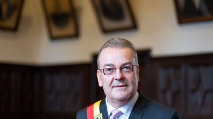 VIDEO Feest ten huize Walter Horemans, hij blijft burgemeester van Berlaar
