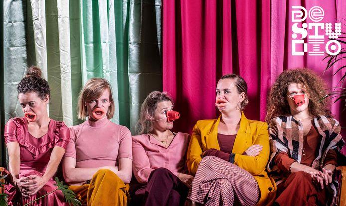 COMPAGNIE BARBARIE (Liesje De Backer, Karolien De Bleser, Amber Goethals, Lotte Vaes & Sarah Vangeel)
