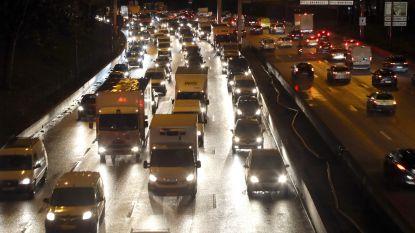 Verkeerschaos rond Parijs houdt aan door staking tegen pensioenhervorming