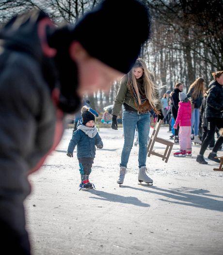 Geld voor nieuwe dorpsquiz Boven-Leeuwen en schaatsbaan in Maasbommel