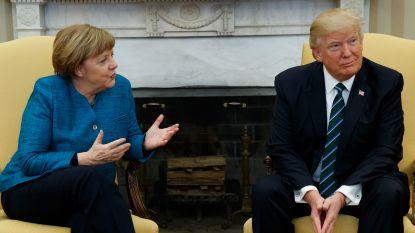 Woordvoerder verklaart: waarom Trump Merkel geen hand wou geven