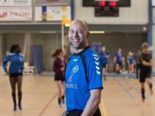 Coach Erik van Brenk stopt na dit seizoen bij KV Wageningen