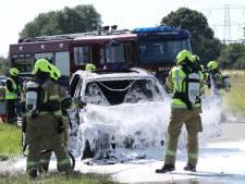 Forse autobrand op A58 bij Rilland