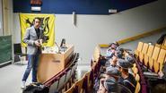 Protest blijft uit tijdens lezing Van Grieken