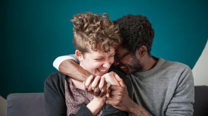 Plagen is om liefde vragen: dezelfde humor maakt je relatie beter
