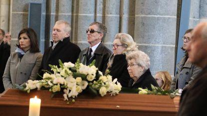 Honderden mensen nemen afscheid van vader Yves Leterme