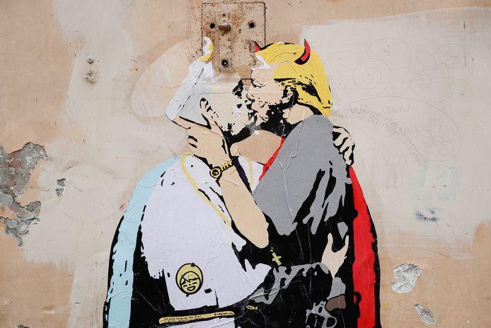 Muurschildering in Rome met daaronder in kleine lettertjes: Goed vergeeft het Kwaad.
