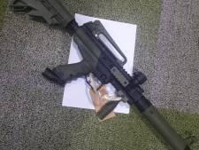 Drietal bekent in Halsteren en Bergen op Zoom met paintballgeweer op woningen te hebben geschoten