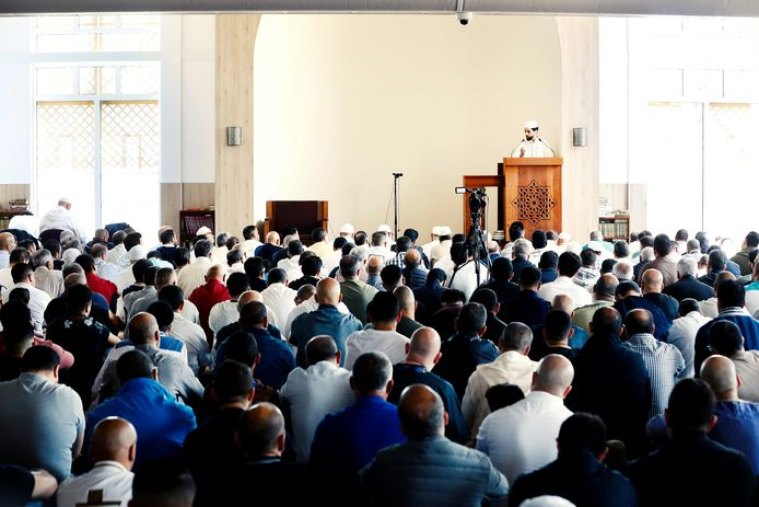 De moskee in Leidsche Rijn in 2019, voor corona.