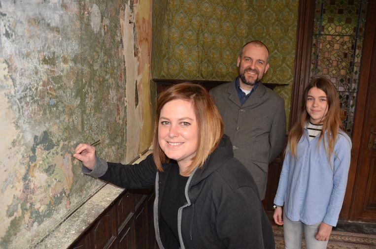 Restauratrice Elke Van Bockstal en Andy en Cara Nimmegeers onthullen volgende week de geheimen van Huis Maes-Van Driessche.