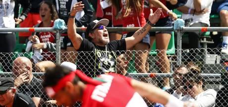 Italiaanse tennissers zingen: 'Oh mama, ik heb Maradona gezien'