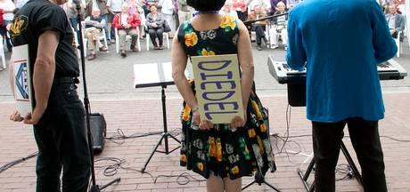 Schrijfwedstrijd dialectenfestival Lieshout: 'Vruuger waar alles bitter?'