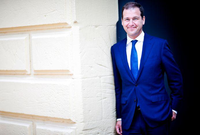 Lodewijk Asscher (PvdA) op het binnenhof.