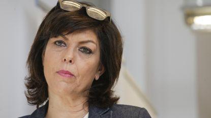 Joëlle Milquet trekt Kamerlijst cdH in Brussel hoewel ze nog steeds verdacht wordt van overtreden wet op verkiezingsuitgaven