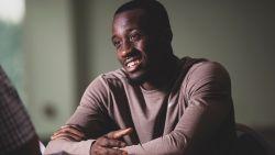 """De wondere wereld van Elisha Owusu, dé revelatie van AA Gent: """"En of mijn leven veranderd is. Ik heb nu een écht huis"""""""