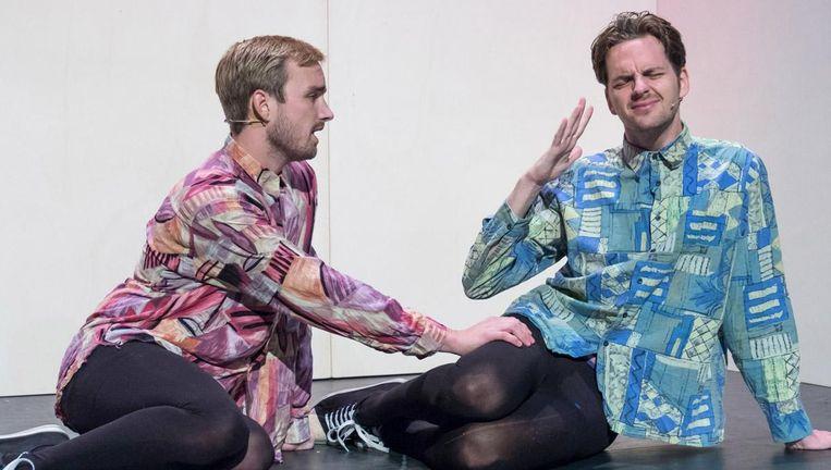 Tom van Kalmthout (l) en Yannick van de Velde tonen zich absolute topacteurs. Beeld Ka Wing Falkena