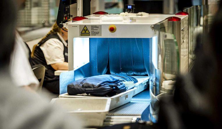 Scanner op de luchthaven Schiphol. Beeld ANP
