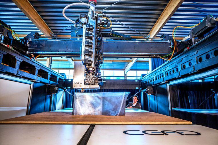 Een van de grootste 3D-printers ter wereld in Delft.