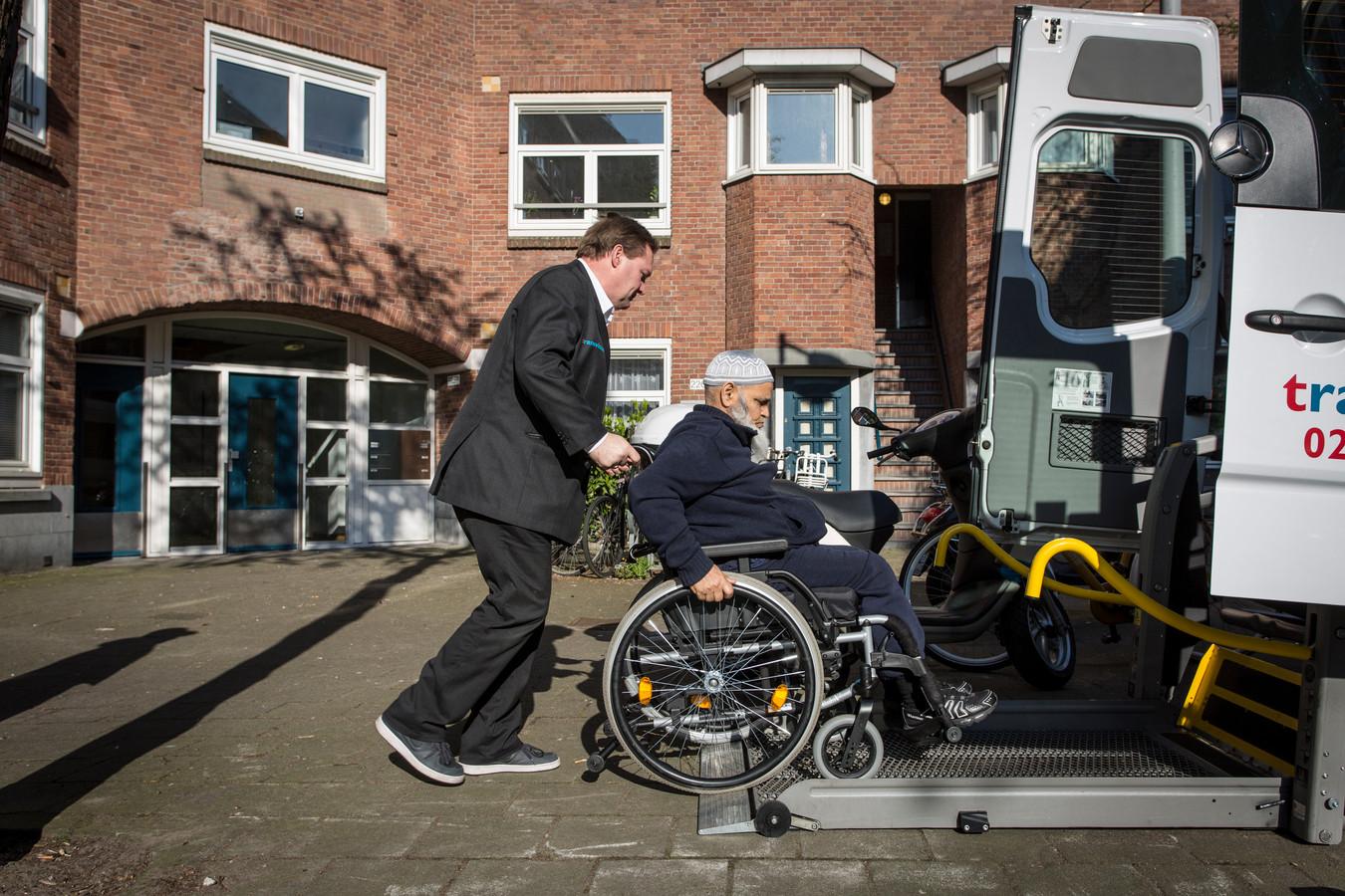 Transvision voert het speciale vervoer in opdracht van de overheid tijdelijk uit.