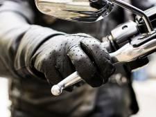 Motorrijder verongelukt in Nederweert bij botsing tegen boom