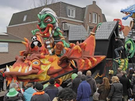 Gedupeerde carnavalsvereniging uit Leende krijgt hulp uit Oss