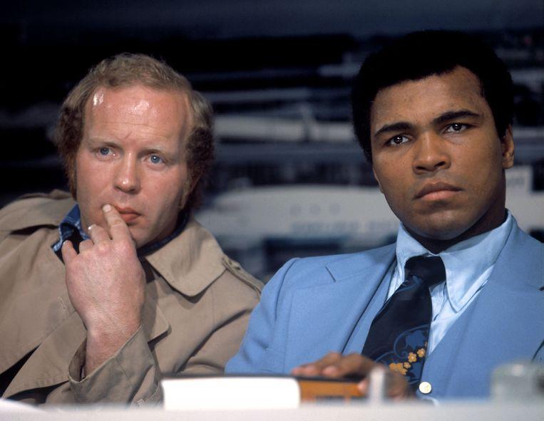 Rudi Lubbers met Muhammad Ali, 1976. Beeld Ruud Hoff / ANP