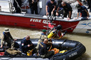 Een duiker van de Zuid-Koreaanse marine neemt deel aan het reddingswerk op de Donau.