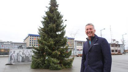 Landenaars mogen kerstbomen op Stations-en Marktplein helemaal zelf versieren
