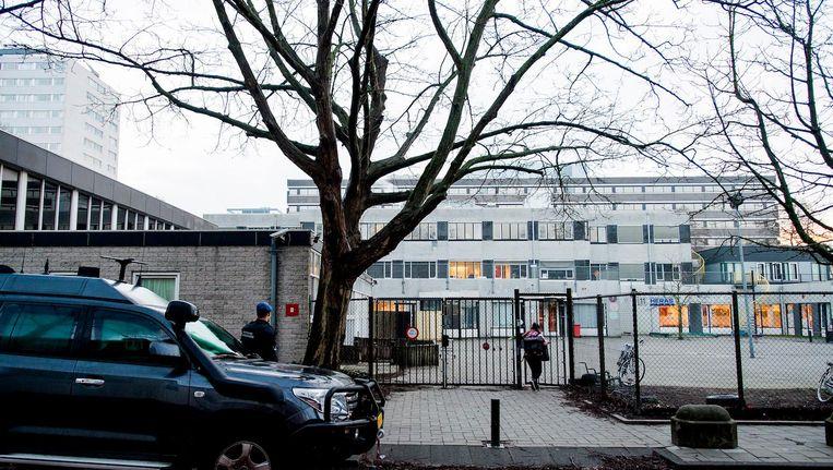 De Cheiderschool in Buitenveldert, waar S. les gaf. Beeld anp
