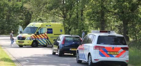 Fietser en scooterbestuurder gewond bij ongeval in Ambt Delden