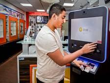 Dringen bij pinmachine voor bitcoin