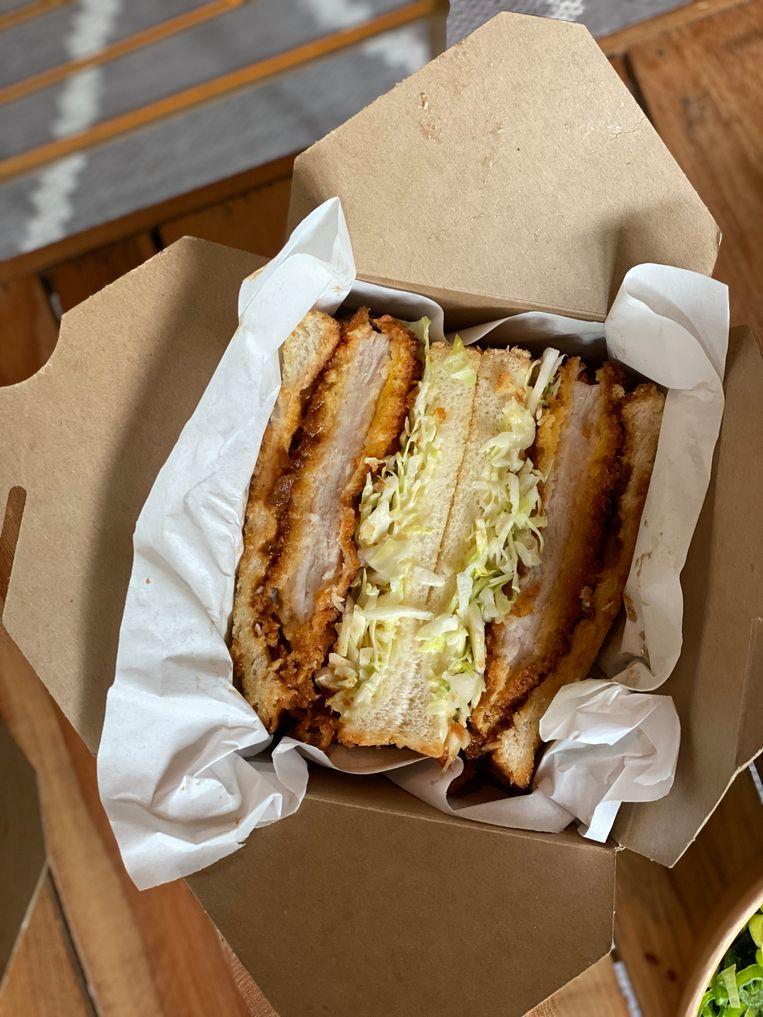 De Japanse sandwich nadert perfectie.  Beeld Monique Van Loon