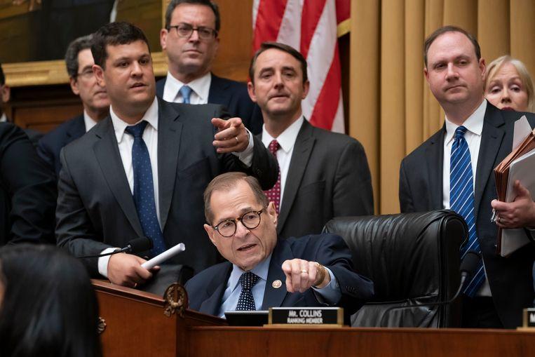 Voorzitter Jerrold Nadler van de Justitie-commissie van het Huis van Afgevaardigden tijdens de ondervraging van Trumps voormalige campagnemanager Corey Lewandowski. Beeld AP