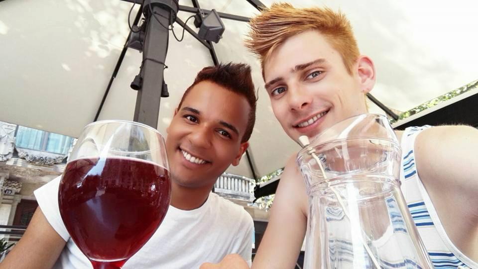 Jonathan Kuppens en Niels Heijster hadden het twee jaar geleden wel erg naar hun zin in Barcelona, toen boekten ze ook via srprs.me.